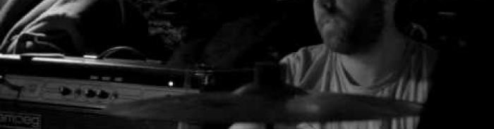 Milanku - La plaisanterie live 13-11-10 @ l'Escogriffe