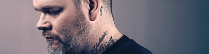 "Scott Kelly / Neurosis : interview + live solo 22/12/12 + ""Locust Star"" live 23/07/11 @ Paris"